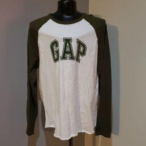 Green long sleeve tshirt
